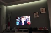 Pan Piotr z Kielc ogląda MaxTV